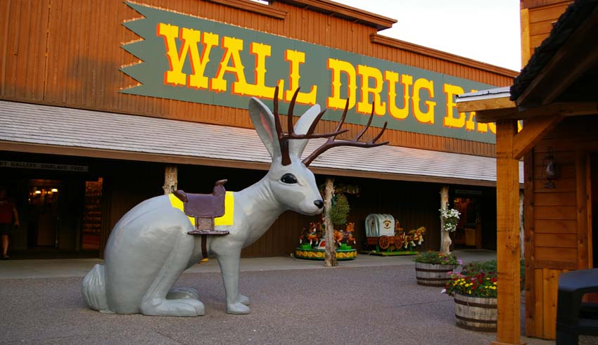 Roadside Attractions In America You May Or May Not Get Murdered In